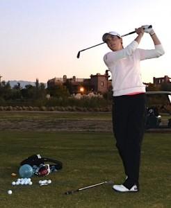 Justine Dreher a recommencé à taper des pleins coups de petits fers lors du stage au Maroc. Hier, elle a effectué son premier dix-huit trous.