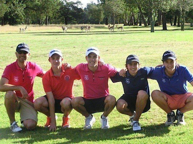 Dès leur arrivée en Afrique du Sud en fin de matinée, les Boys français se sont rendus sur le Benoni Golf Club pour reconnaître ce parcours qui accueillera le South African Stroke-Play Championship la semaine prochaine.
