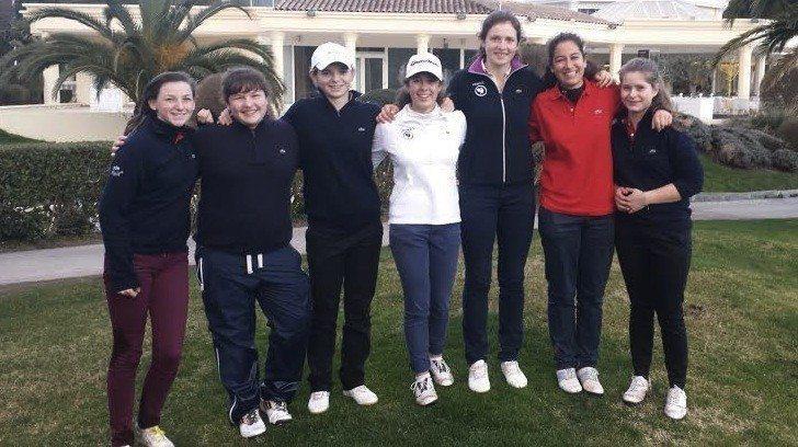Ivane Helias, Lou Vrain, Emma Broze, Marion Veyssiere, Elodie Bridenne, Elise Genoux et Mathilde Claisse n'ont pu effectuer que quatorze trous pour leur première reconnaissance du golf de Riviera Barbossi.