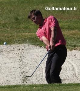 Grâce à un 70, Hubert Tisserand s'est hissé à la deuxième place à deux coups du leader.
