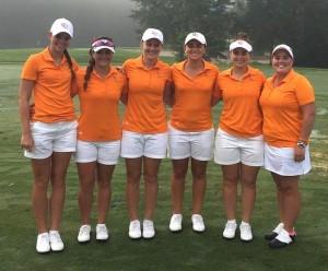 Louise Latorre et ses équipières de Campbell ont réalisé le doublé lors du Golfweek Program Challenge.
