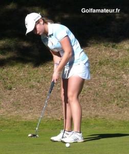 Comme lors des tours précédents, Mathilde Claisse a très bien putté (28 putts) tout au long de sa partie.
