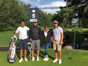 Rejoint par sa famille à Edmonton, Jérémy Gandon a caddeyé son frère aîné qui a remporté la qualification de l'ATB Financial Classic à Calgary.